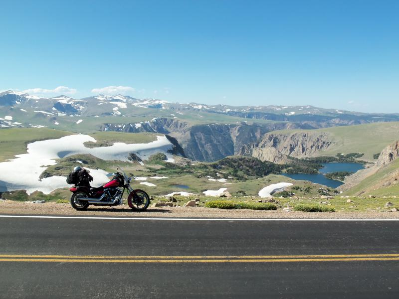 Twin-Lakes,-near-the-Beartooth-Pass wyoming motorcycle ride