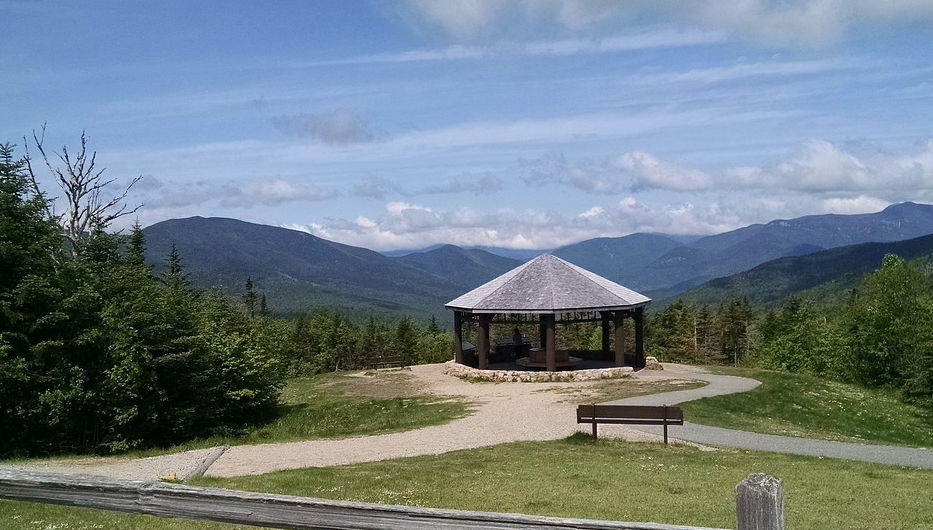 The great NW motorcycle ride along the Kancamagus highway will give you great views of the White Mountains